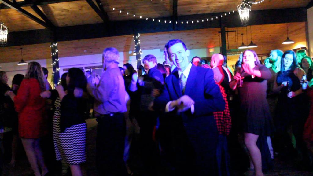 DJ-Tommy-dancing